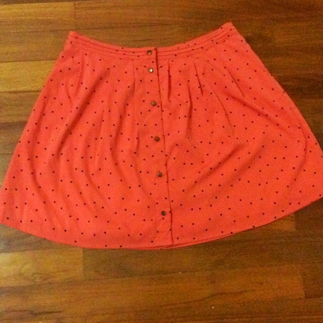Almost New Springfield L Sized Orange Dotted Skirt